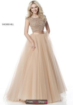 Shop short prom dresses and long prom dresses at PromGirl. Long prom gowns, short dresses for prom, prom dresses and cute prom dresses for junior and senior prom. A Line Prom Dresses, Grad Dresses, Party Wear Dresses, Evening Dresses, Bridesmaid Dresses, Formal Dresses, Dress Prom, Indian Designer Outfits, Designer Dresses