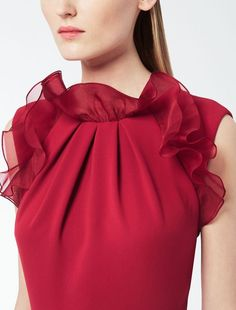 32 Clothing Details That Will Make You Look Cool - Luxe Fashion New Trends Blouse Styles, Blouse Designs, Modest Fashion, Fashion Dresses, Fashion Clothes, Sleeves Designs For Dresses, Fashion Details, Fashion Trends, Fashion Sewing