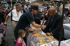 Dad and daughter make it to meet @repjohnlewis #SDCC #March