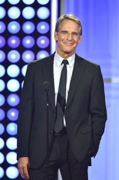 Scott Bakula Photos - Actor Scott Bakula speaks onstage at the 5th Annual Critics' Choice Television Awards at The Beverly Hilton Hotel on May 31, 2015 in Beverly Hills, California. - 5th Annual Critics' Choice Television Awards - Show