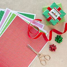 Free download of DIY printable wrapping paper for your holiday gifts
