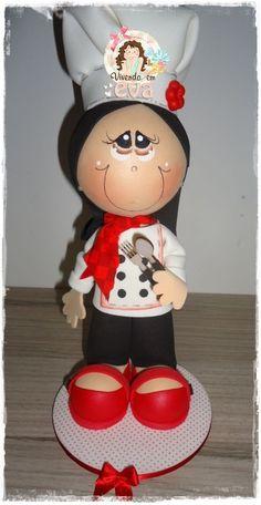 Minha amiga Fernanda esteve aqui para que eu pudesse ajudá-la a criar duas bonecas:   uma aeromoça e uma mestre de cozinha..     amoooooo...