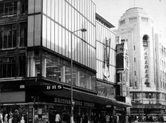 Paulden's, as seen on the right, in 1971