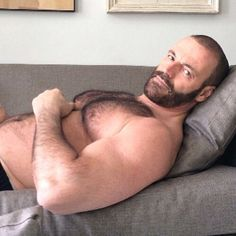 Follow planesdrifter: trueTHAT if you're an admirer of older, hairy natural and muscular men. Check it out and the archive too or the live cams.
