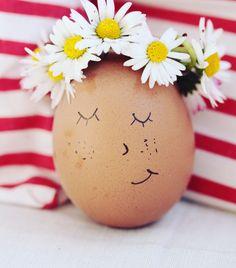 Frühling und Ostern Eggs, Breakfast, Diy, Food, Easter Activities, Build Your Own, Bricolage, Egg, Hoods