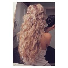 blonde hair | Tumblr ❤ liked on Polyvore featuring hair, pictures, cabelos, hairstyles and hair styles