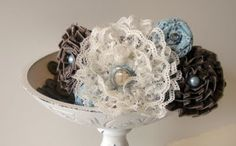 Flower ideas with lace and ribbon.