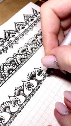 Doodle Art Drawing, Mandala Drawing, Pencil Art Drawings, Art Drawings Sketches, Mandala Doodle, Mandala Tattoo, Realistic Flower Drawing, Simple Flower Drawing, Easy Flower Drawings