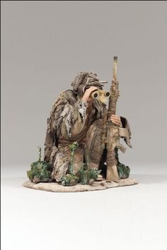 Amazon.com: ARMY SPECIAL FORCES SNIPER OBSERVER McFarlane's Military REDEPLOYED Series 2 Action Figure & Display Base: Toys & Games