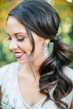 we ❤ this! moncheribridals.com #weddingponytail #bridalponytail