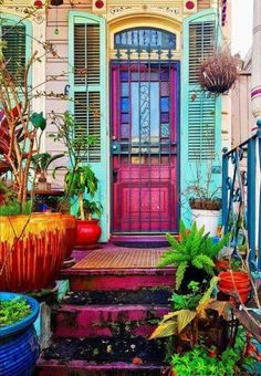 Entrance to an old house at French Quarters of New Orleans !You can find French quarter and more on our website.Entrance to an old house at French Quarters of New Orleans ! The Doors, Windows And Doors, Cool Doors, Sliding Doors, New Orleans Homes, New Homes, New Orleans Decor, Asian Garden, Big Garden