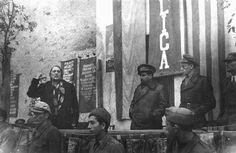 Spain - 1937. - GC - Santiago Carrillo y Paracuellos del Jarama.