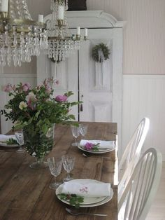shabby chic kitchen designs – Shabby Chic Home Interiors Cottage Chic, Romantic Cottage, French Country Cottage, Shabby Cottage, Cottage Style, Farmhouse Style, Farmhouse Decor, Country Style, Shabby Bedroom