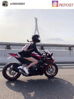 Auto Repair: Keep Your Car Running Lady Biker, Biker Girl, Bike Photoshoot, Motorbike Girl, Hot Bikes, Racing Motorcycles, Biker Chick, Super Bikes, Street Bikes