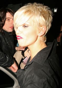More Pics of Sarah Harding Pixie Sarah Harding Hair, Pixie Cut With Long Bangs, Girls Aloud, The Rival, Number One, Girl Group, Dancer, Hairstyles, Actresses