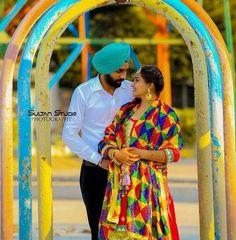 Punjabi Wedding Couple, Punjabi Couple, Wedding Couples, Kurta Pajama Punjabi, Punjabi Suits, Suit Accessories, Love Poems, Couple Photography, Sweet Couples