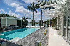 #Shakira sconta di $ 2 milioni la sua casa di #lusso a #Miami Beach | #USA #VIP #CaseDiLusso #piscina