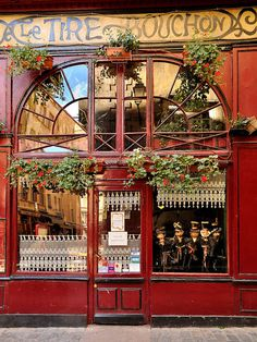 "The Bouchons of Lyon.similar to bistros, these small restaurants serve classic Lyonnaise ""comfort food"". beautiful city, must visit, weekend getaway! love travelling, time to explore Store Concept, Shop Facade, Small Restaurants, Chicago Restaurants, Lyonnaise, Cafe Bistro, French Cafe, Lyon France, Belle Villa"