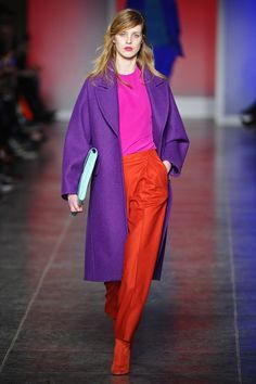 This ensemble from Paul Smith Autumn/Winter 2013-14 is everything. Colourblocking and refined effortless elegance.