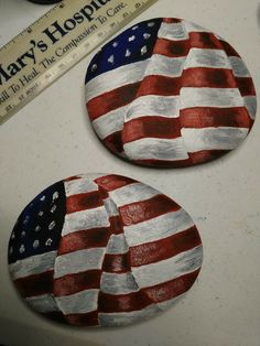 Amazing American flag rock painting idea for summer rocks