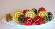 Caramelos de goma en rollitos con sólo 2 ingredientes