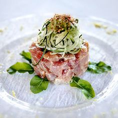 Tuna tartare with soy, ginger & citrus