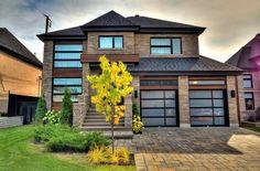 Maison à étages à vendre à Sainte-Rose (Laval) - 11317214 - BADR SIDQUI Condo, Rive Nord, Laval, Rue, Facade, Garage Doors, Mansions, House Styles, Outdoor Decor