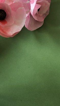 Happy as a bee Diy Fleur Papier, Papier Diy, Crepe Paper Flowers, Diy Flowers, Diy Paper, Paper Art, Fleurs Diy, Valentine Crafts, Paper Decorations