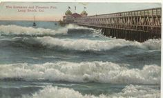 Old Long Beach postcard. Maybe the breakwater wasn't finished yet?
