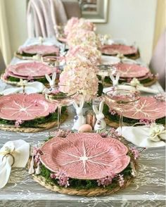 Easter tablescapes | Spring tablescapes | Easter | Start at Home tablescapes | Easter decor | Floral Tablescapes