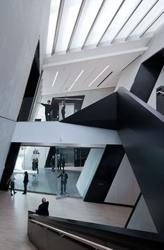 Commercial Interiors. Eli & Edythe Broad Art Museum at Michigan State University.  Architect: Zaha Hadid.