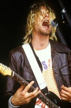 Kurt Cobain at onstage at Nirvana's legendary set at the Reading Festival on August 23rd, 1991.
