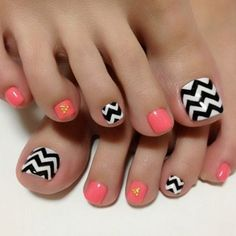 Pattern Play #pedicures #nailideas