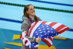 USA's Missy Franklin takes Olympic gold medal in women's 100-meter backstroke - PhotoBlog (Odd Andersen / AFP - Getty Images)