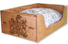 Panier pour animaux en caisses à vin / Wine wood crate pets bed