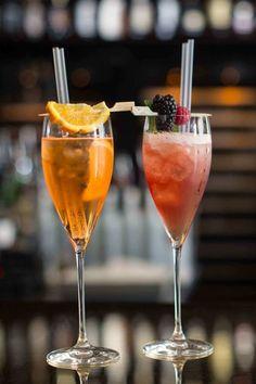 Malafemmina: Amaretto, Raspberry Liqueur, Cranberry Juice, Pomegranate Juice, Lime Juice, Raspberries.