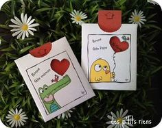 Fête des mères - L'école de Crevette Gifts For Mum, Small Gifts, Diy For Kids, Crafts For Kids, Art Projects, Projects To Try, Dad Day, Spring Art, Mothers Day Cards