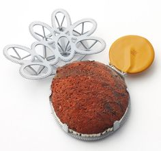 Christel van der Laan - Cactus Brooch 2009. Painted sterling silver, rough agate, honeycomb block, electrical component