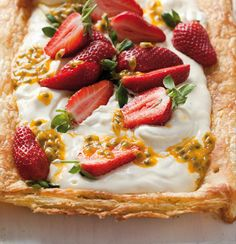 Summer berry and granadilla tart