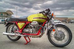 MotArt: Moto Guzzi V7