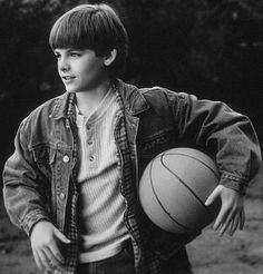 Young Kevin Zegers in Air Bud: Golden Receiver Hello Gorgeous, Most Beautiful Man, Air Bud Movies, Kevin Zegers, Like A Sir, Nick Carter, Hero Movie, Alec Lightwood, Big Fish