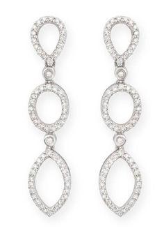 Pendientes de Diamantes BRIDAL NICOL´S. Pendientes largos en forma de perilla, marquise, formando tres partes cuajado de diamantes.…