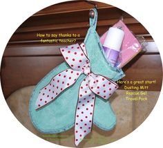 """Are you looking for a GREAT Teacher Gift?? Check out the amazing #Norwex GREEN Dusting Mitt!  Add in the items that you think your teach will most appreciate (shown here are the Rescue Gel and Travel Pack).  It makes an adorable """"stocking"""", and she'll be thrilled!   Call me if you'd like help designing your teacher's 'stocking'!  Or shop right online at http://www.SonyaEckel.norwex.biz.  (605) 271 . 1814 Have a blessed Thanksgiving!   http://www.ReplaceChemicals.com #teachergiftidea"""