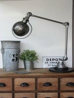 Esprit brocante sur la console / Deco on the console