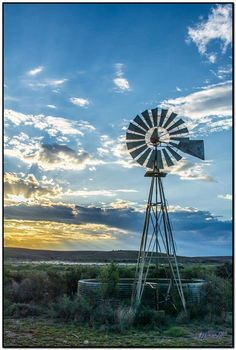Windpomp Country Farm, Country Life, Country Living, Country Roads, Farm Windmill, Cool Pictures, Beautiful Pictures, Old Windmills, Water Tower