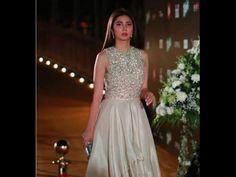 Jaw-dropping Pics! SRK's Raees Co-star Mahira Khan Looked Like A Dream At The ARY Film Awards 2016!