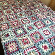 "1,276 Likes, 74 Comments - Anita Gibney (@madebyanita) on Instagram: ""Time for a border. #crochet #crochetaddict #cathkidston #grannysquares #stylecraftyarns…"""
