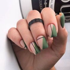 Simple Line Nail Art Designs You Need To Try Now line nail art design, minim. - Simple Line Nail Art Designs You Need To Try Now line nail art design, minimalist nails, simple - Minimalist Nails, Stylish Nails, Trendy Nails, Sophisticated Nails, Cute Acrylic Nails, Cute Nails, Acrylic Nails Green, Matte Green Nails, Matte Nail Art
