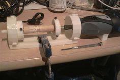 Tiny printable Dremel-powered lathe