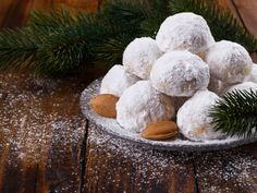 [ Traditional Christmas Cookies With Almonds On Dark Wooden Background Italian Wedding Cookies, Mexican Wedding Cookies, Baking Recipes, Cookie Recipes, Traditional Christmas Cookies, Russian Tea Cake, Greek Sweets, Mantecaditos, Greek Cooking